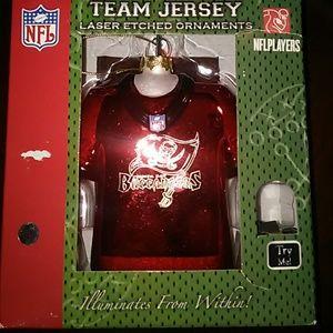 NFL NIB Tampa Bay Team Jersey Etched Ornament